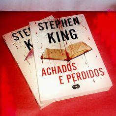Segundo #livro da trilogia Bill Hodges de #StephenKing. @sumadeletras_br Resenha em breve no #blogeuinsisto. #amoler #book #livros #instabook #bookaholic #bookstagram #book📖 #ler #leitura #souleitor #books #booklover #instalivro #📖 #livropolicial