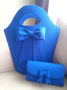 Diy Wallet Felt, Fashion Bags, Women's Fashion, Favor Bags, Felt Crafts, Shoulder Bag, Handbags, Purses, Create
