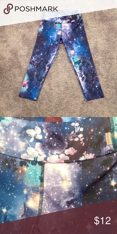 Floral Galaxy Crop Exercise Legging Like new. Priced accordingly. KOS USA Pants Track Pants & Joggers
