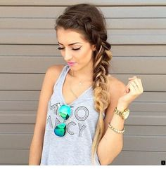 54 Cute Hairstyles for New Year and Stylish Women cute hairstyles; cute hairstyles for short hair; cute hairstyles for school; cute hairstyles for medium hair; cute hairstyles for long hair Heatless Hairstyles, Teen Hairstyles, Popular Hairstyles, Pretty Hairstyles, Braided Hairstyles, Latest Hairstyles, School Hairstyles For Teens, Beach Hairstyles, Layered Hairstyles