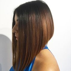 95 Awesome Popular Stacked A-line Bob Hairstyles for Women - Beauty Ideas Line Bob Haircut, Lob Haircut, Haircut Short, Blunt Bob Hairstyles, Edgy Hairstyles, Hairstyles Pictures, Latest Hairstyles, Medium Hair Styles, Short Hair Styles