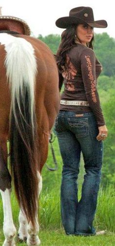 Cowgirl Tuff ' Don't fence me in Dark ' Jeans Cowboy Girl, Cowgirl And Horse, Sexy Cowgirl, Cowboy And Cowgirl, Cowgirl Style, Western Style, Girl Camo, Western Wear, Hot Country Girls