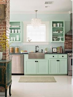 Decorating With Color: Turquoise or mint?