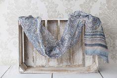 ♥ Silk scarves from India - large selection of designs - perfect for gift / Seidentücher aus Indien - große Auswahl an Designs - ideal für Geschenk #boho #bohostreetwear #silk #design #girl #perfectgift #geschenk #ethno #hippie #bohemian #seidenschal #orient #fashion