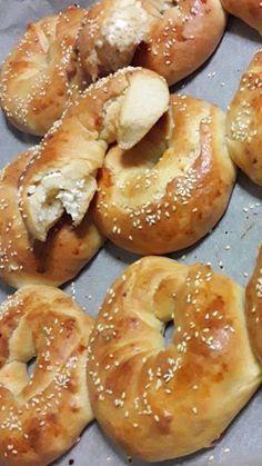 Pureed Food Recipes, Flour Recipes, Greek Recipes, Dessert Recipes, Cooking Recipes, Greek Bread, Greek Pastries, Good Food, Yummy Food