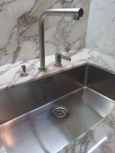 Blanco Steelart Precision R10 Sink. #salonestylesearch #blogtourmilan  #blancoamerica