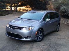 """The 40K-something Chrysler Pacifica Hybrid land yacht"