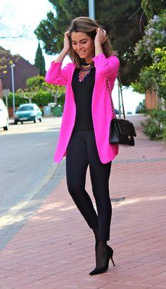 Fashion Tips Moda .Fashion Tips Moda Pink Blazer Outfits, Chic Outfits, Summer Outfits, Fashion Outfits, Fashion Tips, Womens Fashion, Hot Pink Fashion, Color Fashion, Style Fashion