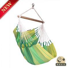 Basic hammock chair ORQUIDEA Jungle – in the lively green color of a summer meadow, is a cozy oasis of cheerfulness for your home. It is produced in Colombia from pure, high-quality cotton.