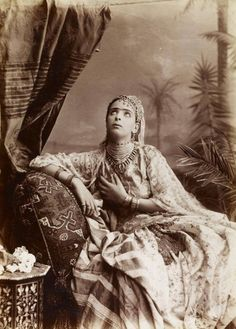 Vintage Postcards, Vintage Images, Old Pictures, Old Photos, Culture Art, Old Photography, Exotic Women, Portraits, Moorish