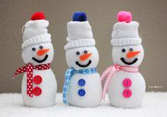 Sock Snowmen - Repeat Crafter Me