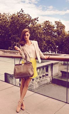 Love this outfit and bag. So summery and the bag is timeless! Brown works well with most outfits.