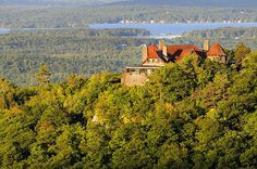 This Castle Restaurant In New Hampshire Has Incredible Views While You Eat