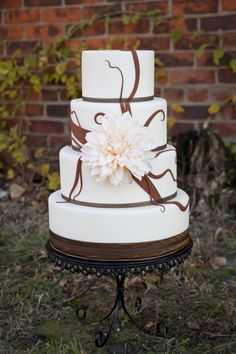 1000 Images About Cakes For Weddings Rental Dummies On Pinterest