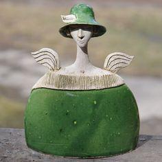 Raku Pottery, Pottery Art, Pottery Angels, Paper Clay Art, Ceramic Workshop, Ceramic Angels, Cute Clay, Masks Art, Paperclay