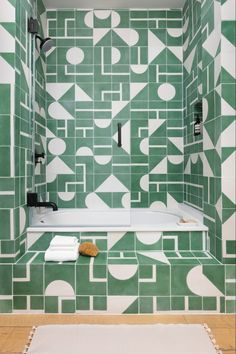 Bathroom Tiles Design and Color. 20 Bathroom Tiles Design and Color. Creative Bathroom Tile Design Ideas Tiles for Floor Interior Modern, Home Interior, Interior Design, Midcentury Modern, 3 Kids Bedroom, Kids Room, Bedroom Decor, Bedroom Green, Bathroom Tile Designs