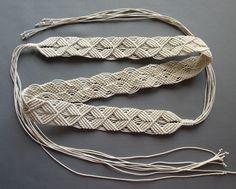 Ручная работа, пояс сплетен из вощенного шнура