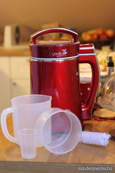 Növényi tejkészítő automata - Nóri mindenmentes konyhája Minden, Automata, Coffee Maker, Tableware, Coffee Maker Machine, Coffee Percolator, Dinnerware, Coffee Making Machine, Tablewares