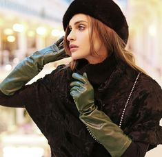 Black Leather Gloves, Leather Jacket, Gloves Fashion, Women's Fashion, Leder Outfits, Daily Look, Woman Face, Sexy Dresses, Military Jacket