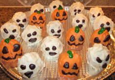Halloween pumpkin and ghost cake pops | Halloween treats for kids | Halloween party | pumpkin cake pop | Halloween theme treats for class