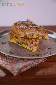 Here's how to make a delicious breakfast or brunch! Use leftover vegetables from dinner the night before and hash browns and you've got a delicious Hash Brown Frittata from Clinton Kelly. Click for the full recipe.