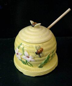 ≗ The Bee's Reverie ≗ honey jar