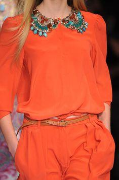 Etro at Milan Fashion Week Spring 2009 - Details Runway Photos Orange And Turquoise, Orange Is The New Black, Orange Fashion, Colorful Fashion, Looks Style, My Style, High Fashion, Womens Fashion, Fashion Details
