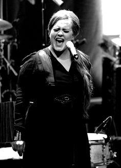 Luister naar Sky Radio voor de beste hits: http://www.skyradio.nl/player/sky-radio   #Adele #SkyRadio #nonstop #muziek #music #radio #playlist