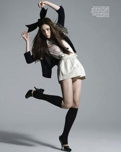 Coco Rocha . -  Have the presence of a model, even if you don't look like one! Click the pic...