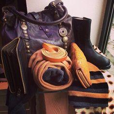 LENA MILOS vintage boots from EMPORIO CALZATURE - Modena - #lenamilos #boutique #womenfashion #brand #footwear #shoes #madeinitaly #black #love #girls
