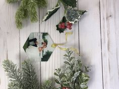 Couples First Christmas Gift. Wedding Photos printed on double sided glass ornaments. First Christmas, Christmas Gifts, Gift Wedding, Glass Ornaments, Wedding Photos, Wreaths, Gift Ideas, Printed, Couples