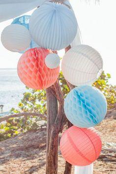 Sous Le Lampion / Lantern and Lampion Deco Rose, Papier Diy, Idee Diy, Decoration, Easter Eggs, Ciel, Wedding, Party Ideas, Pink Lanterns