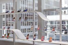 Stuart Weitzman, New York | Visual Merchandising and Store Design