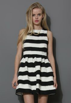 love this shop. will share with my daughters! Color Block Bandage Skater Dress