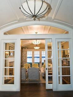 Not your typical french doors!  I like it :)