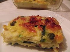 Este tierno zapallito, (conocido también como zucchini, calabacita,) de forma alargada, versátil en la cocina, en sopas, pan, guisos, en...