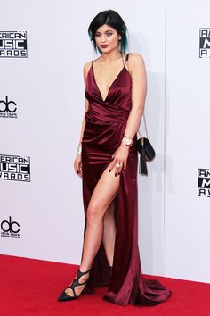 Kylie Jenner in Alexandre Vauthier, 2014.  Love the vampy, gothy, 90's vibe this has.