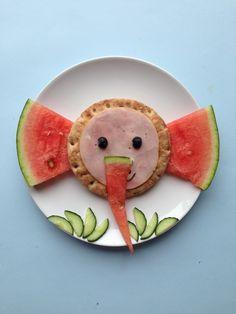 Breakfast-elephant @tutta1234