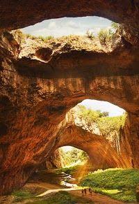 Devetàshka cave ,Bulgaria: