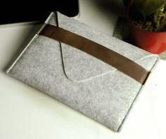 Felt iPad mini case iPad mini cover iPad mini Sleeve by feltk, $19.00...I'll bet I can make it for under $10