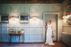Historic manor house wedding | Laura Power Photography | see more on: http://burnettsboards.com/2014/07/eclectic-wedding-historic-manor-house/