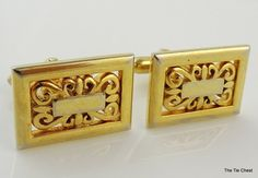 Wonderful pattern here - great for a man or a woman! Vintage Gold tone Swank Cufflinks with an Ornate Design | The Tie Chest