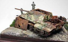 "Diorama ""Jagdpanzer VI Jagdtiger (Sd.Kfz.186) 'and a man adjusting himself'"""
