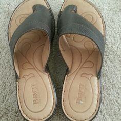 Born shoe Dark brown  (natural leather) very slight wear ...once worn Born Shoes Mules & Clogs