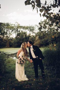 Wedding Photography, Wedding Dresses, Fashion, Bride Dresses, Moda, Wedding Gowns, Wedding Dress, Fasion, Wedding Photos