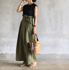 Black Sleeveless x Khaki West Ribbon Pants Corde Kimono Fashion, Fashion Outfits, Womens Fashion, Japan Fashion, Daily Fashion, Unique Outfits, Stylish Dresses, Colorful Fashion, Skirt Outfits