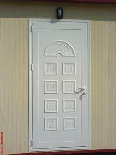 Λεπτομέρεια από πόρτα από πρεσσαριστό πάνελ αλουμινίου. Decor, Home Decor, Furniture, Armoire