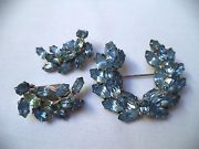 GORGEOUS VINTAGE ESTATE SILVER TONE BLUE RHINESTONE BROOCH EARRINGS SET!!! 44O