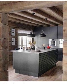 WoW faktor kjøkken #wowfactor cred: @vakrehjemoginterior lampene er fra @manistudio - flotte kontraster #hytte_interior #hyttekjøkken #stilfullt #123hytteinspirasjon #mountainlife #hytteinspo #hytteinspirasjon #hyttemagasinet #hytteinspirasjon123 #bladethytteliv #cabin_interior #cottage #interiorinspiration #interiorwarrior #interior123 #interiorinspo #interiordesigns #interior_and_living #tømmerhytte #norway #fjellet #fredagsinspo hos @hanneromhavaas #happyweekend