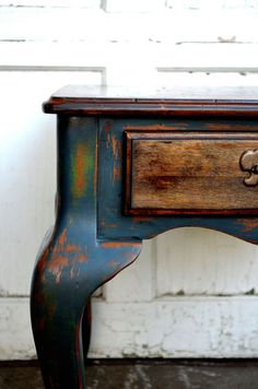Rustic shabby chic blue and antique green side-table endtable handpainted with chalkpaint distressed furniture hammered top